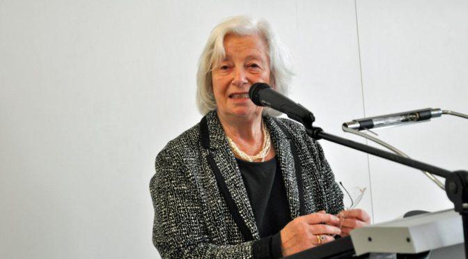 HR 2: Doppelkopf mit Wilma Aden-Grossmann. Sendung am 10. April 2019 um 12 Uhr